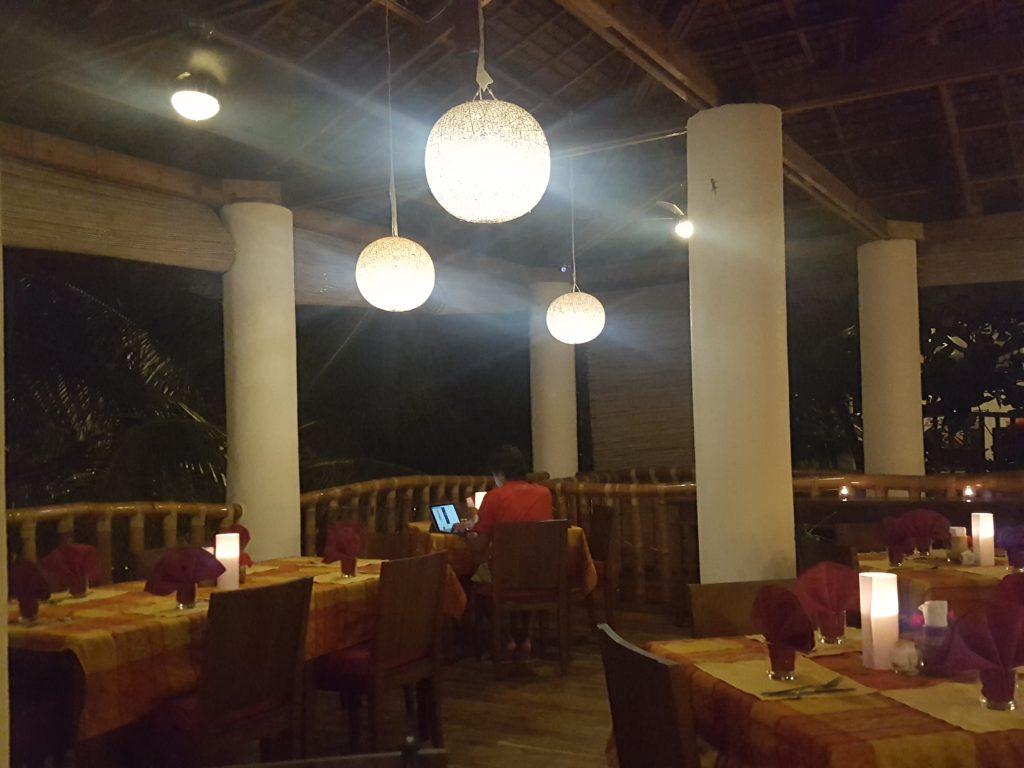 オーシャンビダリゾートのレストラン02