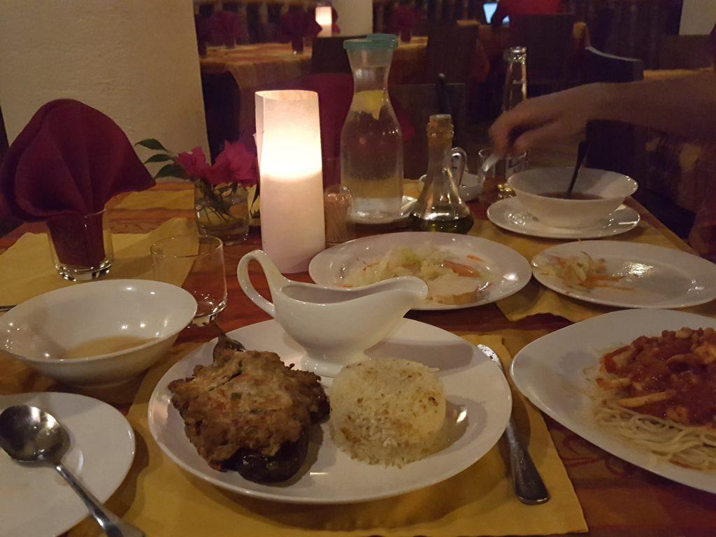 オーシャンビダリゾートのレストラン03