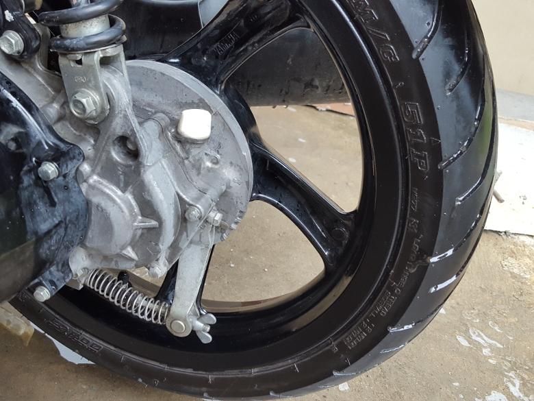 フィリピン バイクの洗車10
