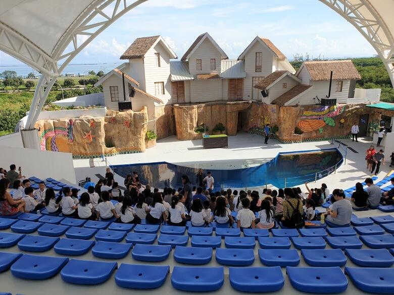 セブ・オーシャンパーク(Cebu Ocean Park)屋外ステージ